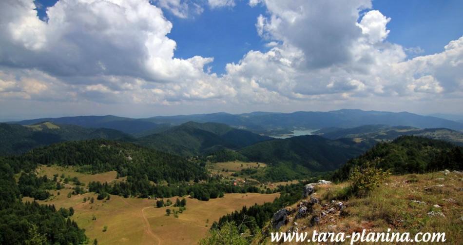 Pešačenje do vrha Janjač u Zaovinama – VIDEO
